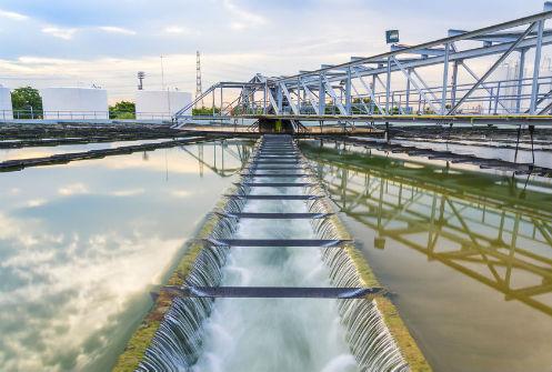 הזרמת המים אל אגני הטיהור